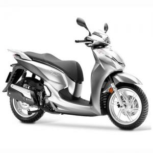 Noleggiare scooter lungo termine